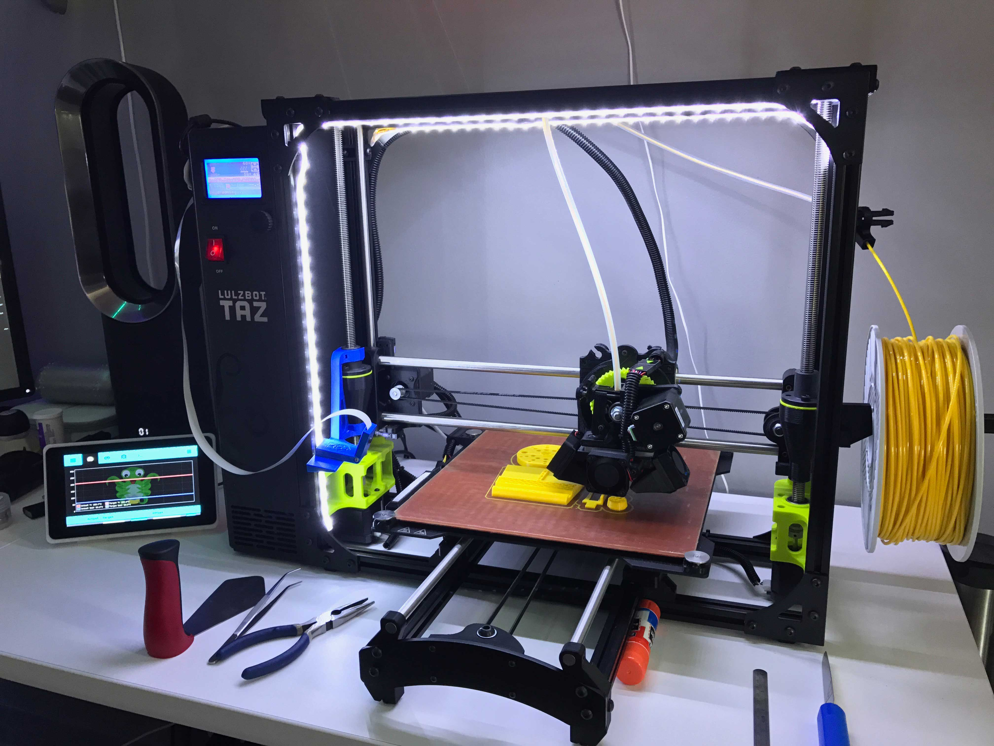 Additive Manufacturing 3 D Printer